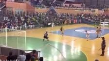 Video: Falcao anotó un golazo con un sombrero desde la media cancha