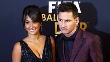 Antonella Roccuzzo lleva a Lionel Messi a todos lados con kit de mate