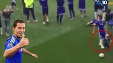 Chelsea: Eden Hazard 'fouleó' a su propio hijo pequeño en discurso de John Terry