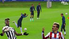Antoine Griezmann y Paul Pogba se lucieron en el entrenamiento de Francia