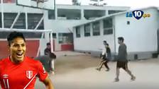 Raúl Ruidíaz: escolares parodian el polémico gol de Perú ante Brasil
