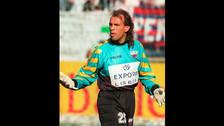 Carlos Fernando Navarro Montoya: Conocido como 'El Mono', disputó tres partidos con Colombia en las Eliminatorias rumbo al Mundial de México 1986. Luego fue a jugar a Argentina y hasta consiguió la habilitación en ese país para vestir la albiceleste, dejando al seleccionado 'cafetero' atrás.