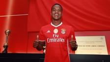 André Carrillo fue presentado como nuevo jugador de Benfica