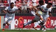 Christian Cueva anotó dos goles y evitó la derrota de Sao Paulo