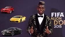 Paul Pogba llegó a firmar su contrato con Manchester United en un auto de lujo