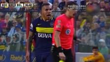Carlos Tévez fue expulsado por insultar a la hermana del árbitro