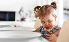 ¿Por qué muchos niños y adolescentes tienen problemas para comer?