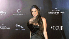 FOTOS. Demi Moore impacta en gala de Mario Testino