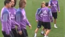 James Rodríguez se molestó con Modric por una dura falta en los entrenamientos