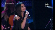 Laura Pausini es el primero show de los #GrammyLatino con