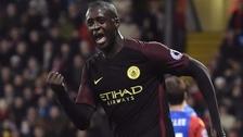 Touré volvió a ser titular y anotó un doblete para el triunfo de Manchester City