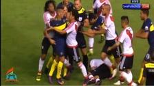 La terrible pelea en el Superclásico entre Boca Juniors y River Plate