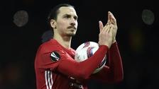 Manchester United goleó 3-0 al Saint-Etienne con triplete de Ibrahimovic