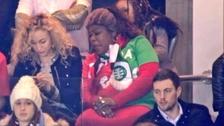 ¿A quién apoyó? Mamá de Paul y Florentin Pogba estuvo en Old Trafford