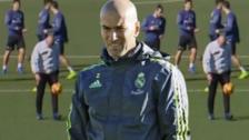 La reacción de Cristiano Ronaldo y James al ver a Zidane dominando el balón