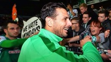 Werder Bremen tomó una decisión sobre el futuro de Claudio Pizarro