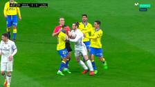 Así fue la agresión de Gareth Bale a Viera: doble patada y empujón