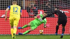 Gianluca Lapadula anotó de penal en el triunfo de Milan ante Chievo
