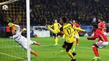 Gol de Aubameyang tras un doble cabezazo en el área de Benfica