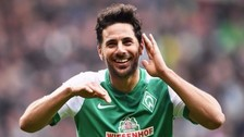 Claudio Pizarro anotó con Werder Bremen ante el Bayer Leverkusen