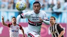 Christian Cueva pelea por ser el mejor jugador del fútbol brasileño