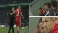 Robben se molestó con Ancelotti por cambiarlo y sus compañeros se burlaron