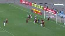 La gran salvada de Miguel Trauco que impidió la derrota del Flamengo