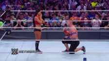 Video | Nikki Bella le da el 'Sí' a John Cena en Wrestlemania