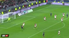 El golazo de volea de Cavani para ganar la Copa de la Liga con el PSG