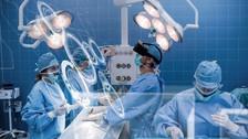 Doctores usan la realidad virtual para prepararse en cirugías complejas