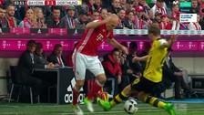 Arjen Robben destrozó a la defensa del Dortmund y anotó un golazo