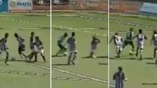 Video | ¿Juvenil del Sporting de Lisboa marcó el mejor gol de 2017?