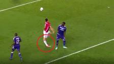 Ibrahimovic sufrió impresionante lesión en triunfo de Manchester United