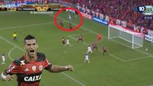 Miguel Trauco dio un pase milimétrico a Damiao que se perdió un gol cantado