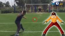 Arquero de Cagliari atajó pelotas de tenis al estilo Benji Price