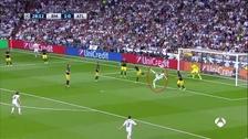 La impresionante chalaca de Benzema que casi acaba en golazo
