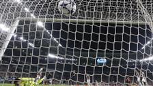Dani Alves sorprendió al Mónaco con soberbio gol de volea