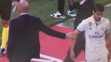 Álvaro Morata se marchó molesto tras ser sustituido y le negó el saludo a Zidane