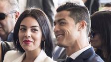 Cristiano Ronaldo y su novia se muestran en la intimidad de su hogar
