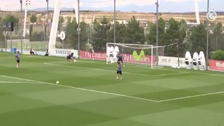 Ramos anotó un golazo de taco que buscará imitar en la final de la Champions
