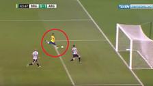 YouTube | El doble palo que evitó el empate de Brasil ante Argentina