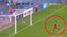 El blooper del arquero de Sporting Cristal que casi acaba en gol de la San Martín