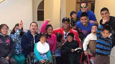 Carrillo y Hurtado les dieron una sorpresa a los niños de Cajamarca