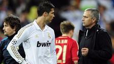 Mourinho se opone al fichaje de Cristiano Ronaldo al Manchester United, según prensa