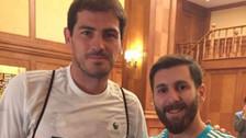 Así reaccionó Iker Casillas al conocer al doble de Lionel Messi