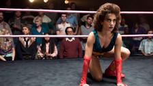 Crítica | GLOW: las mujeres aprenden a luchar