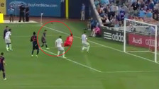 Llegando como extremo: así fue el gol de Callens con New York City