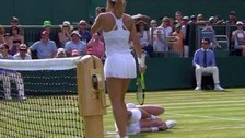 Tenista se rompió la rodilla y pidió ayuda a gritos en Wimbledon