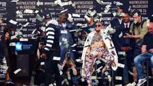 YouTube | Floyd Mayweather lanzó cientos de dólares a Conor McGregor en Nueva York