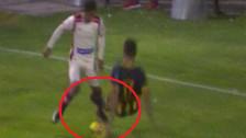 Roberto Siucho se lució con una 'huacha' y dejó en el suelo a Bernaola
